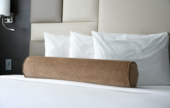 Welcome To Hotel Xilo Glendale - Premium Bedding