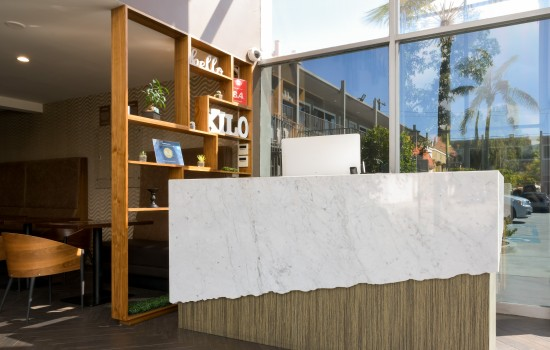 Welcome To Hotel Xilo Glendale - Reception Desk